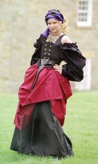 """COstume for """"Gypsy Wench"""" as titled on the site i theived it from"""